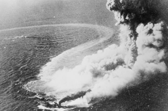 Здесь прошло одно из самых жарких морских сражений Второй мировой войны.
