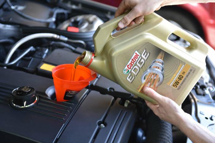 Когда же на самом деле нужно менять масло. |Фото: beoil.ru.