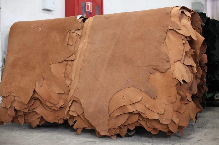 Серьезное производство. |Фото: ultra-leather.com.