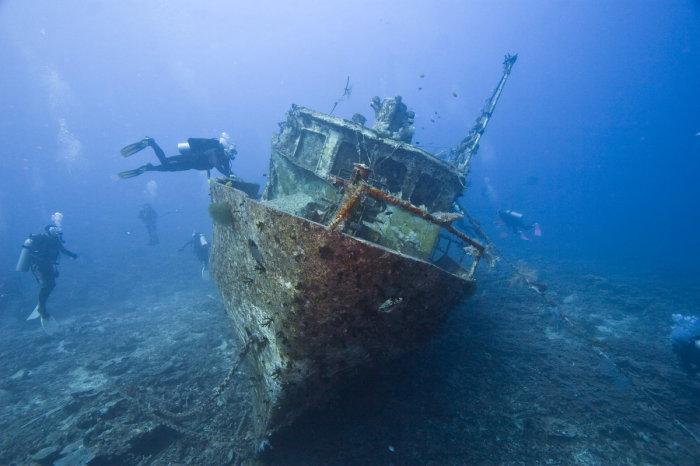 Корабль лежит на дне до сих пор. |Фото: yandex.com.tr.