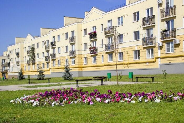 Даже балконов нормальных нет.  Фото: progorodsamara.ru.