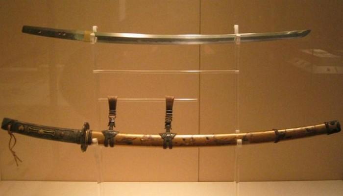 Культурное достояние Японии - катаны эпохи Камакура.