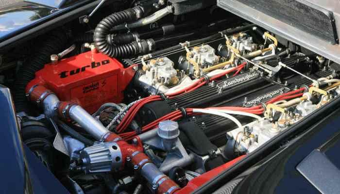 Уникальный двигатель Lamborghini.
