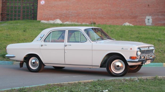 Первый автомобиль звезды. |Фото: drive2.ru.