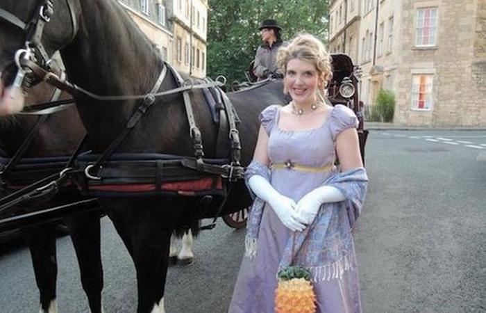Клэр-Вайолет Хэнли  мечтала стать принцессой.