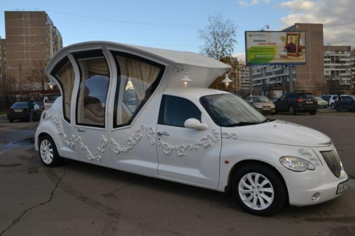 Лимузин-карета для молодожёнов.