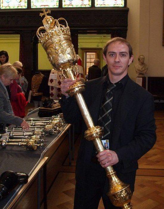 Утраченное сокровище: Парламентская булава Виктории.