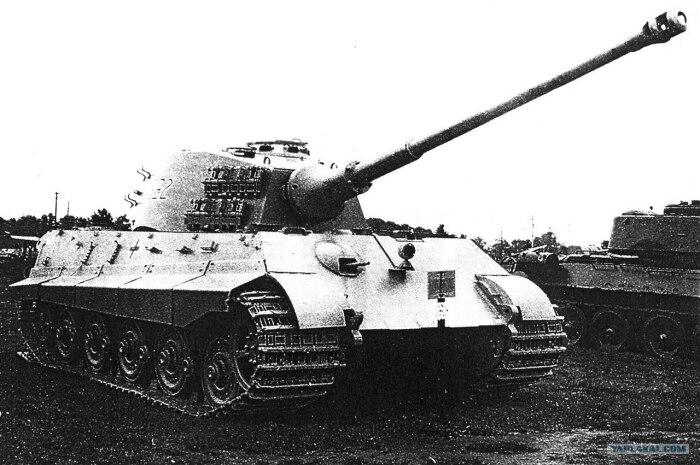 Еще в 1942 году началась разработка нового танка. |Фото: yaplakal.com.