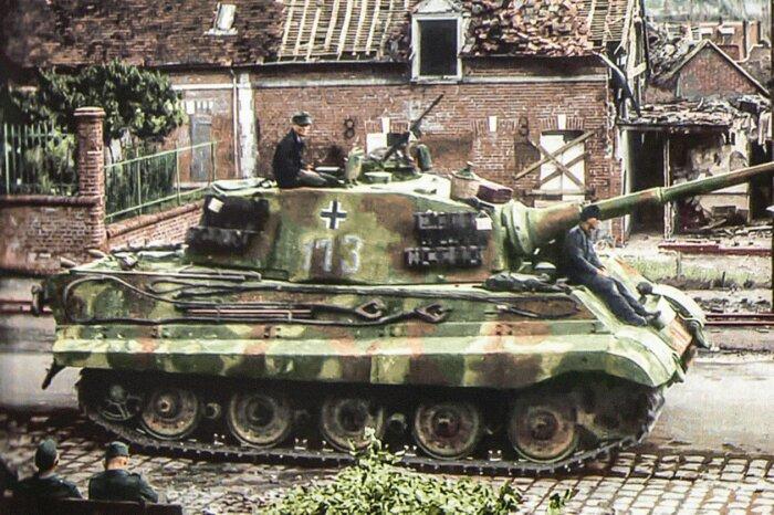 Самый бронированный танк Второй мировой войны. |Фото: weaponsandwarfare.com.