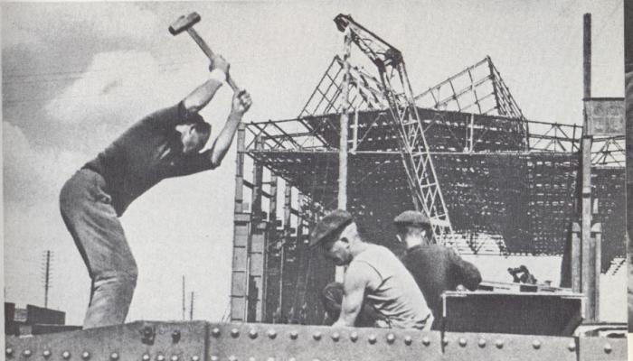 После войны в УССР началось создание новых заводов. |Фото: youravia.com.