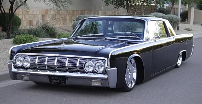 Lincoln Continentals - американский автомобиль, который был даже у Ким Чен Ира.