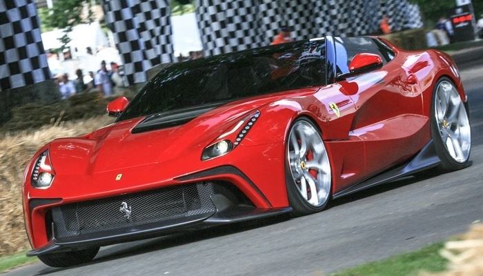 Автомобиль Ferrari F12 Berlinetta TRS.