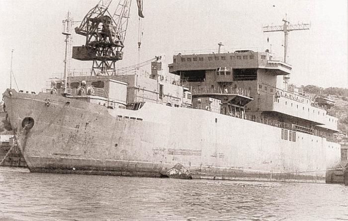 Советский лазерный корабль.