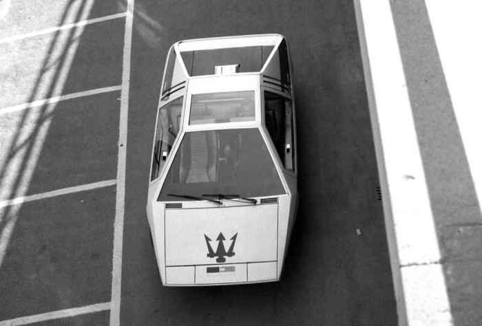 Maserati Boomerang - настоящая легенда.