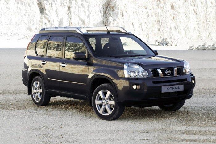 Остальные машины на супруге. Nissan X-Trail. |Фото: ya.ru.