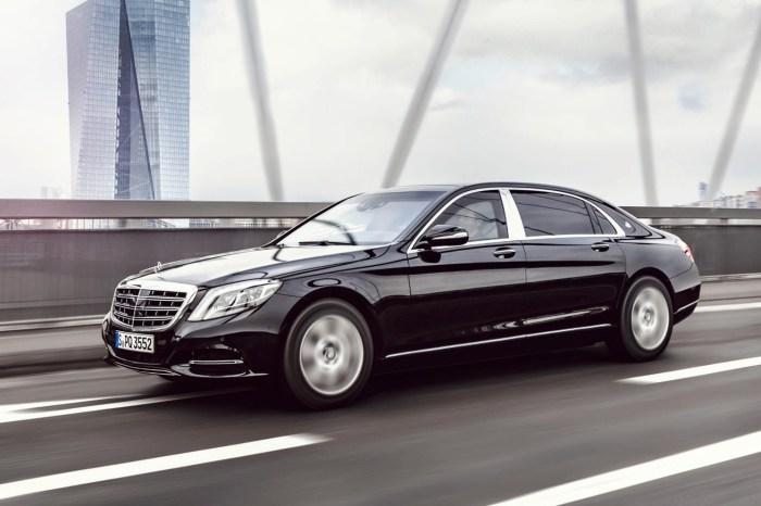 Машина президента Германии - Mercedes S600 Guard.