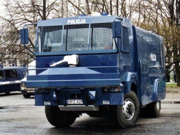 Польский водомет полиции.