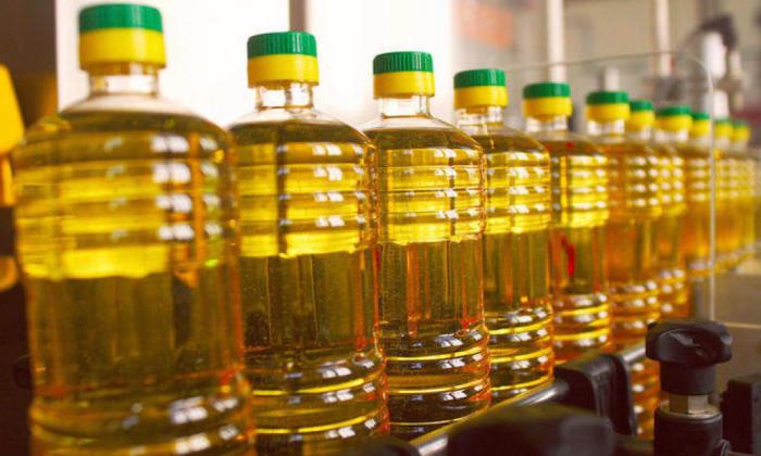 Можно просто плеснуть масла. |Фото: yandex.ru.