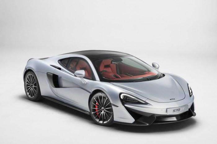 McLaren 570GT для дальних и быстрых поездок.