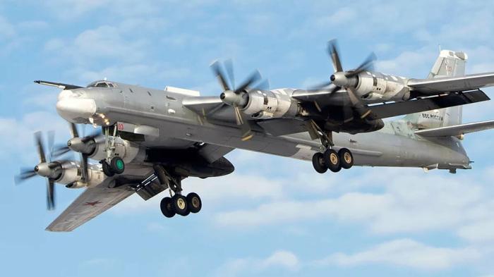 Самолет холодной войны.  Фото: voennoedelo.com.
