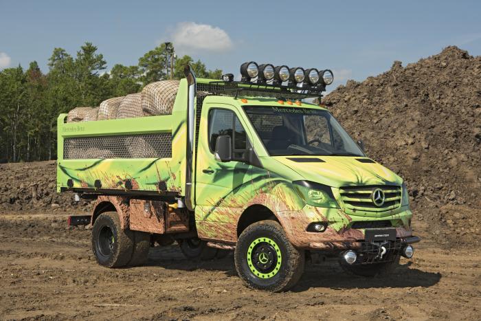 Самосвальный грузовик Mercedes-Benz Sprinter Extreme Concept.