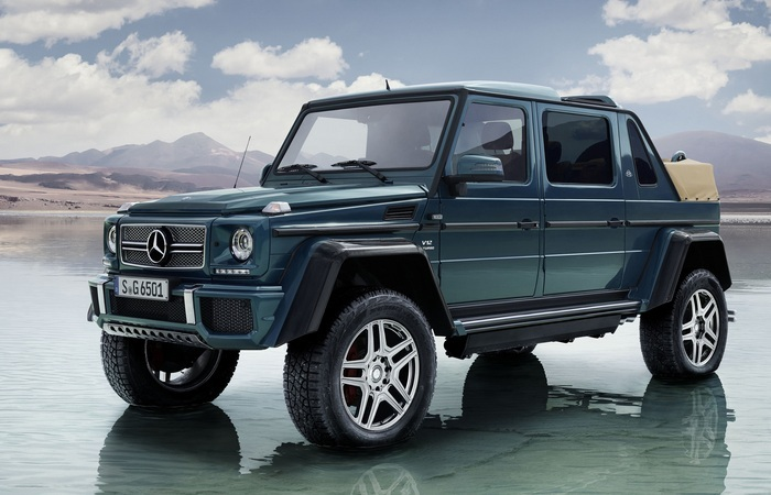 Автомобиль Mercedes-Maybach G650 Landaulet.