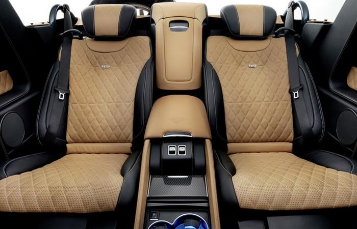 Пассажирские места Mercedes-Maybach G650 Landaulet.