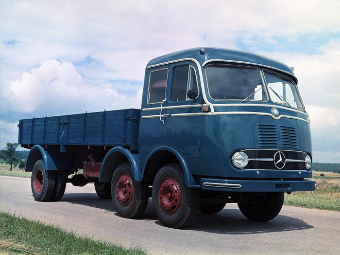 Уникальный грузовик Mercedes-Benz LP333.
