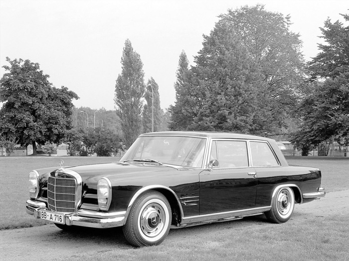 Существует всего два Mercedes-Benz 600 Coupe.
