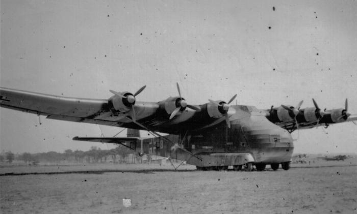 Тряпичный бомбардировщик Messerschmitt