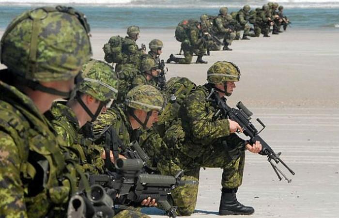 Армия Канады.