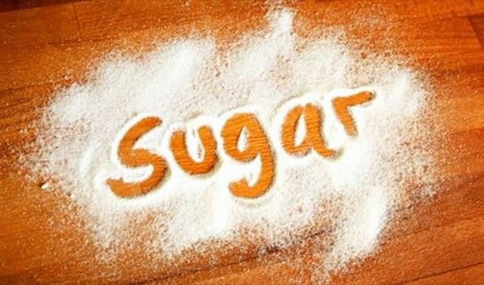 Полная чушь: сахар делает человека гиперактивным.
