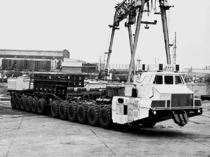 Силач МАЗ-7907 умер вместе с СССР.