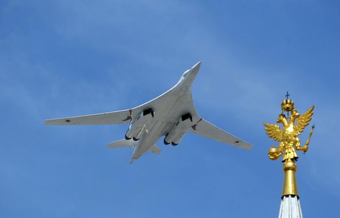 Белый лебедь Ту-160М.