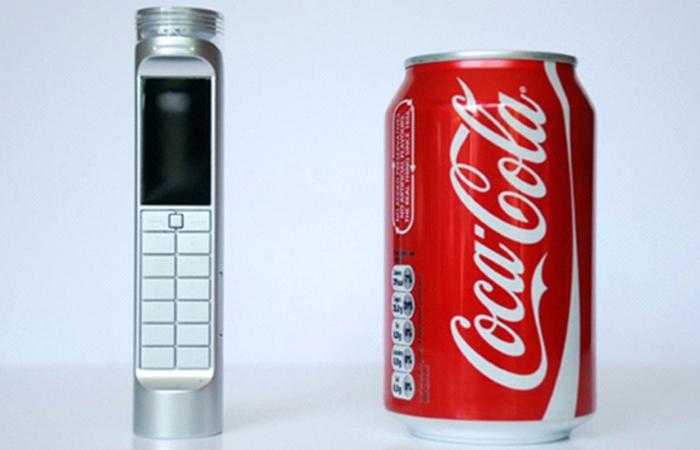 Мобильные телефоны работают на Coca-Cola и моче.