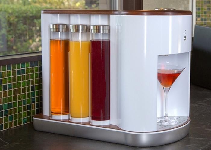 Современная кухня: роботизированный бармен SOMABAR.