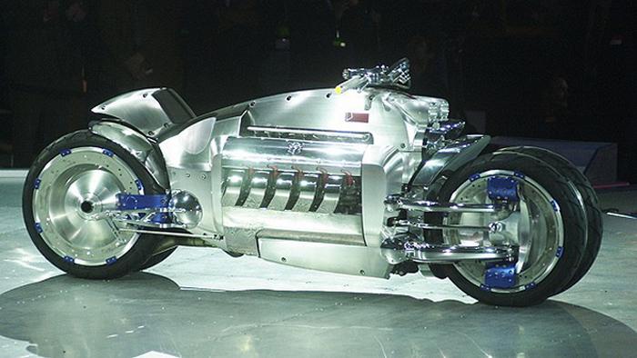 Dodge Tomahawk V10 Superbike.