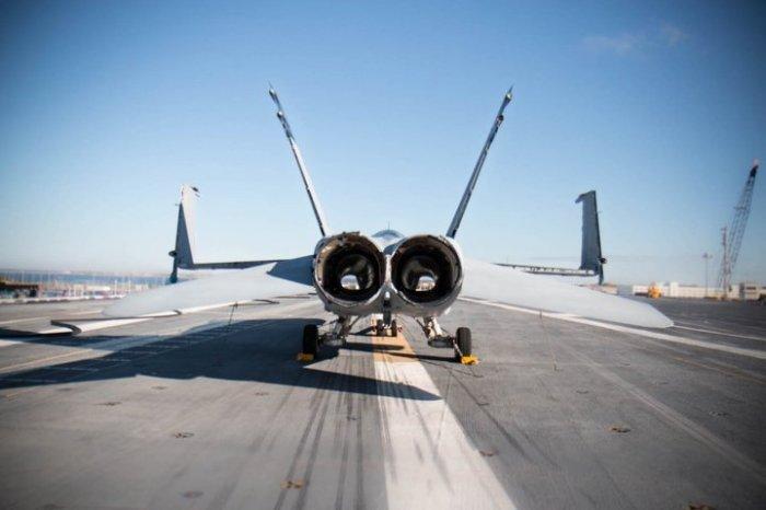 Тренировочный самолет для регулировщиков.