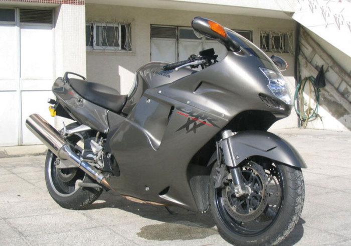 Honda CBR1100XX Super Blackbird - 306 км/ч.