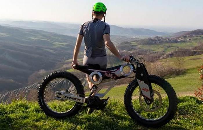 Велосипед-внедорожник Parilla Carbon.