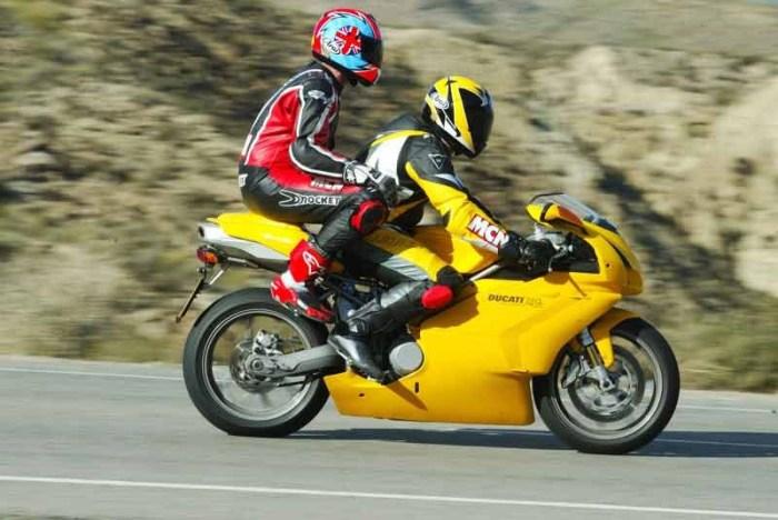 Ducati 748 / 749 - настоящая легенда/