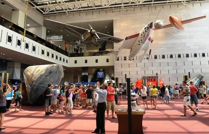 Национальный музей авиации и космонавтики.