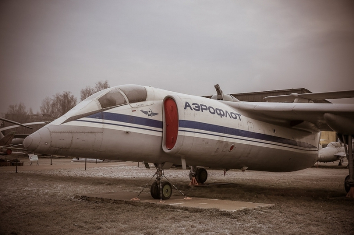 М-17 «Стратосфера» - дозвуковой реактивный самолет.