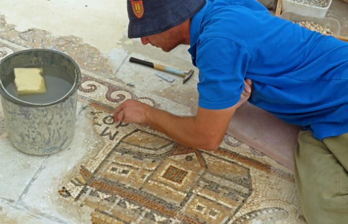 Таинственная мозаика: карта древнего города.