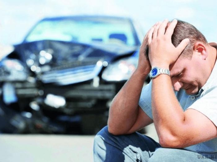 Авто теряет управляемость. |Фото: kuzov-new.ru.