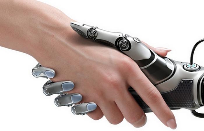 Робот - друг человека.