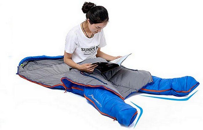 Naturehike Sleeping Bag позволяет сидеть и ходить.