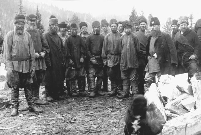 В XIX веке Россию охватила золотая лихорадка. /Фото: golos.id.