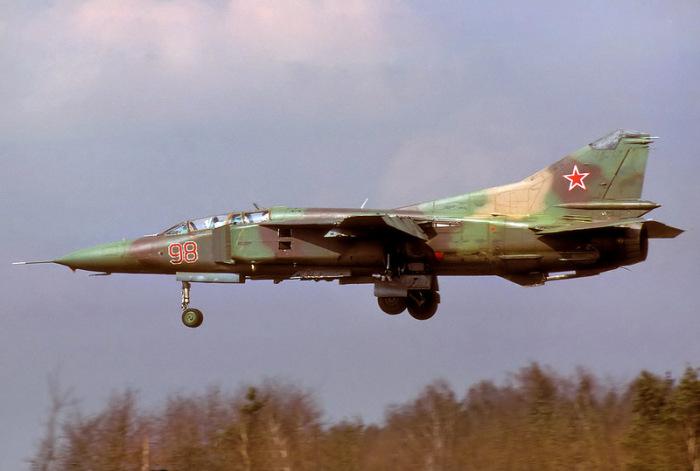Во время полета МиГ стал терять высоту.  Фото: rusdialog.ru.