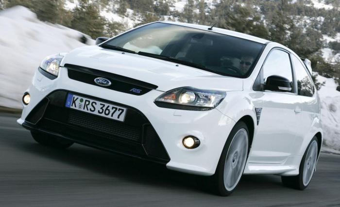 Ford Focus: низкая безопасность.